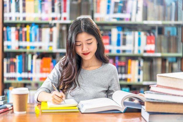 trung cấp Thư viện thiết bị trường học chính quy tại Tphcm 2020