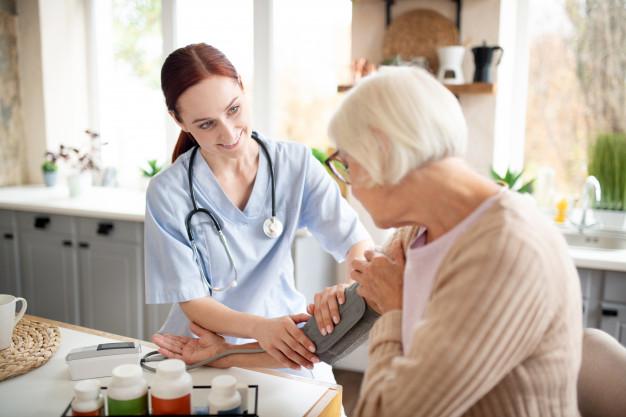 Nghiệp vụ chăm sóc người già cơ bản